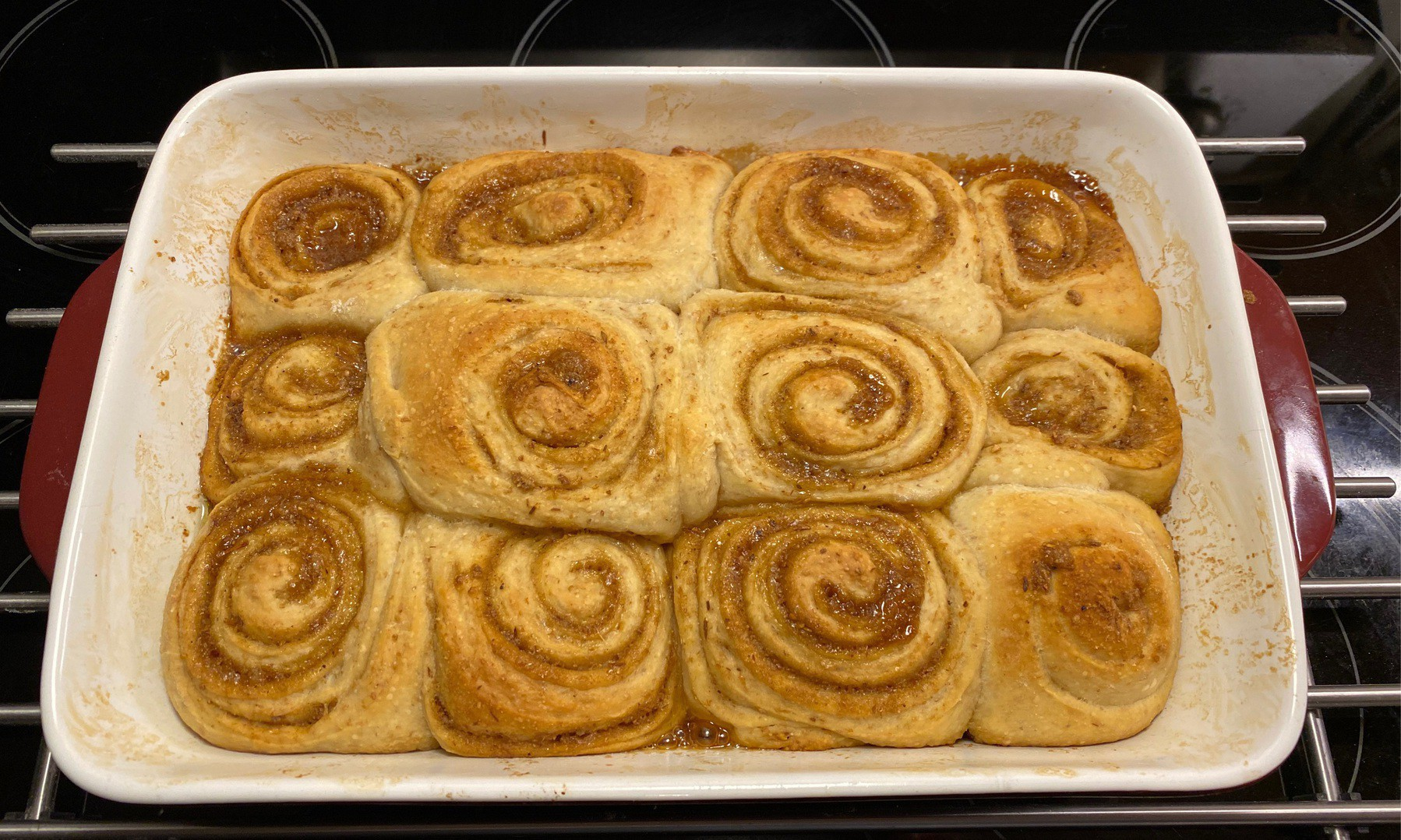Cinnamon buns in pan.